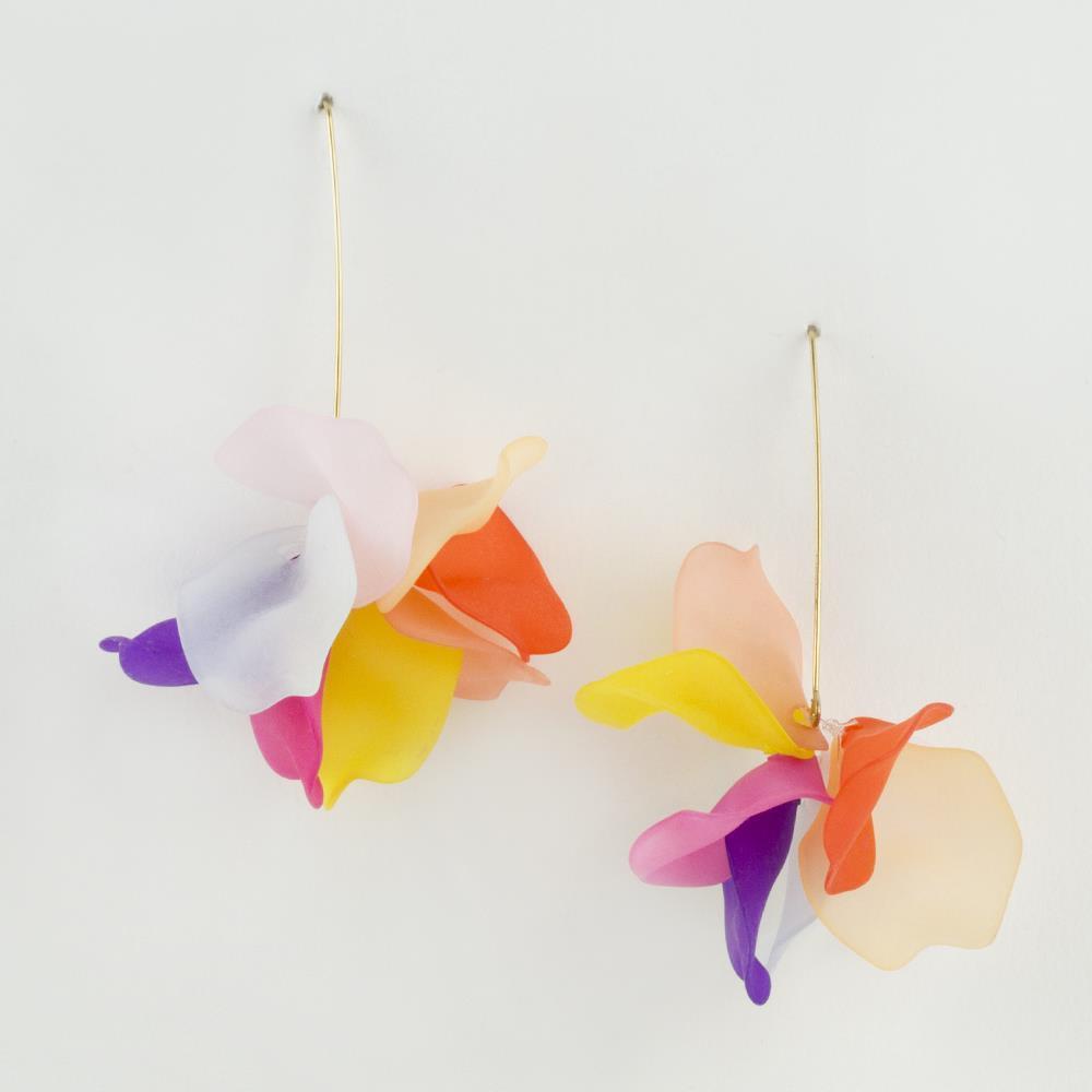 Çiçek Figürlü Zara Küpe