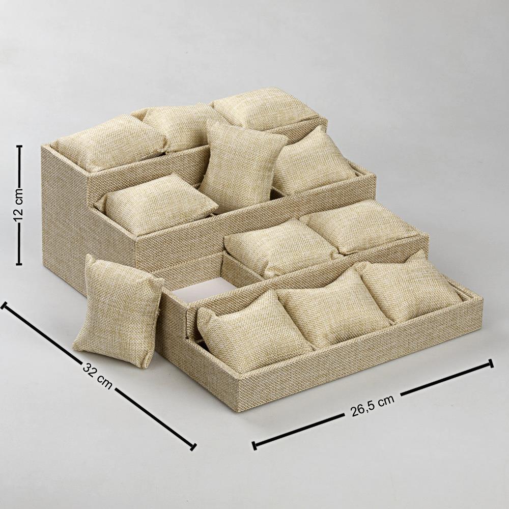 4 Basamaklı Keten Kumaş Yastıklı Stand